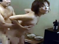 ヘンリー塚本 屋台の五十路熟女が昭和の安アパートでセックス