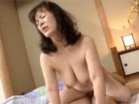 五十路熟女がAV出演で21年ぶりのセックス!絶頂をむかえ中出し!xvideos