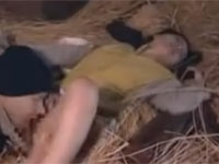 【ヘンリー塚本】義父とのレイプをきっかけに納屋でセックスを繰り返す熟女
