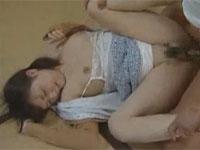 【ヘンリー塚本】近親強姦!毎日力づくで犯される連れ子!