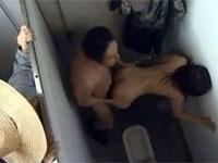 【ヘンリー塚本】元重役の爺 ホームレス姿で他人のセックス覗きを繰り返す