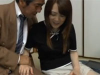 井上綾子 うわっ…専務さんのチンポ大きすぎ…?熟女が夫の上司のデカチン我慢できず!