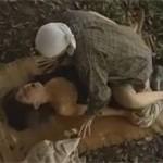 【ヘンリー塚本】夫との性交に不満で農家の男と野外不倫セックス
