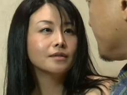 【ヘンリー塚本】性と金に貪欲な四十路バツイチ熟女の裏の顔 浅井舞香
