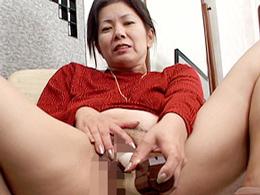 【無修正】お婆ちゃんと孫のヤバすぎる肉欲セックス! 岩崎千鶴