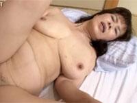 【高齢熟女】六十代還暦熟女と激しい中出しセックス!マンコから白濁液がとろ~り 野々宮みつ子xvideos