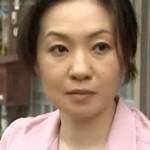 【ヘンリー塚本】白昼堂々と隣のオヤジと不倫セックスに興じる四十路妻 大沢萌