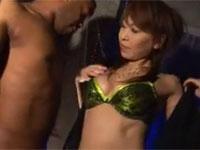 草凪純 くびれ熟女 黒人男優縛って逆レイプ!日本熟女も負けてない!