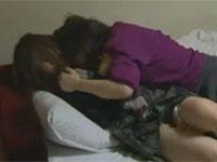 【ヘンリー塚本】五十路のレズビアン義母に無理矢理犯された女子校生