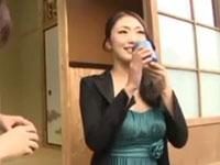 小早川怜子 壇蜜似の美熟女に媚薬入り茶飲ませたら超淫乱に!激しいセックスでよがり狂う