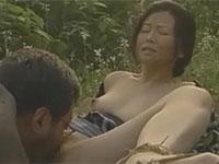 【ヘンリー塚本】昭和の風景 野良仕事中に草むらで激しいセックス