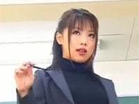 金沢文子 美熟女教師がペニバン使って後ろを開発セックス!