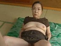 【ヘンリー塚本】61歳還暦熟女「オマ○コさせてやる!挿れな!」