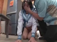 クソ生意気な万引き女子校生は土下座させたまま中出しレイプしてもいいよねwwww