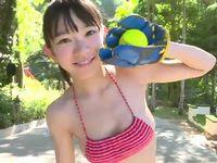 中学生なみの童顔にFカップの巨乳をもつアイドル長澤茉里奈はアリかナシか!?
