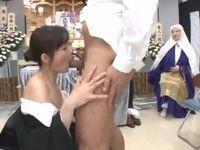 こんな葬式は嫌だ!『参列者が葬儀中にセックスしまくっている』