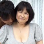 ぽっちゃりなアラフィフ熟女が怒涛のLカップ引っさげて初撮りAVに挑戦! 富沢みすず