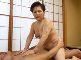 見た目がいかにもな七十路の豊満熟女が初撮りAVで腰振りハッスル! 中島洋子