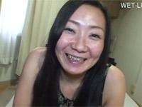 【無修正】性欲があふれ出る四十路素人熟女と中出しハメ撮りSEX!