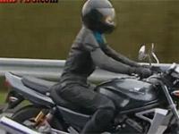 【ヘンリー塚本】バイクにディルドゥをつけツーリング性欲解消する熟女