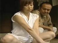 【ヘンリー塚本】田舎の納屋で亭主の居ぬ間に不倫セックス