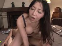 桐島美奈子 四十路美熟女の膣内にドクドク精液を流し込む中出しセックス