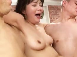 終わりのない中出しセックスでオマ●コがザーメンでぶくぶくの四十路熟女 円城ひとみ
