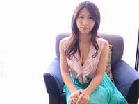 篠田あゆみ 三十路の美人Iカップ巨乳奥様とラブラブ中出しセックス!