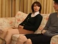 翔田千里 美熟女母が息子のデカチンポが気になり試してしまった!