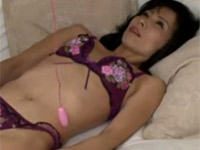 【無修正】松下美香 細身な五十路熟女のアクメ絶叫セックス大量中出し!