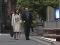 【ヘンリー塚本】不細工な嫁を裏切り美人愛人と不倫セックス