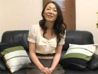 【無修正】五十路で細身ないい感じにくたびれた熟女と中出しセックス!