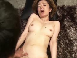 五十路の大物ジャズシンガーがハメ潮セックスで顔射されお掃除フェラまでやってのける!