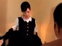 【ヘンリー塚本】オッサンがCAの彼女に無理やり制服セックスを頼む