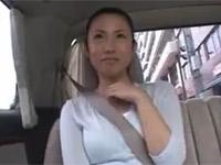 坂田美影 道でナンパした人妻とセックスしたら超淫乱!