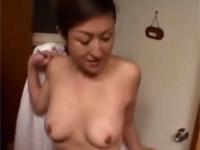 【無修正】五十路の母親と娘とセックス!小橋早苗 大越はるか
