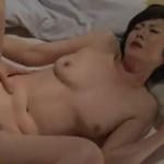 竹内梨恵 五十路熟女が肉棒を欲しがるねっとりセックス!