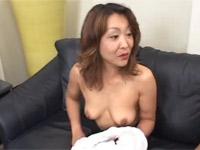 【無修正】ノーブラ熟女が激しくあえぐセックス最後はお掃除フェラ!