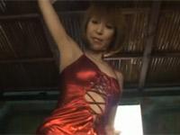 【無修正】草凪純 くびれナイスボディ熟女のストリップからドアップ手マンオナニー!