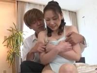沢村麻耶 美熟母がハイレグで受験生の息子とセックス!