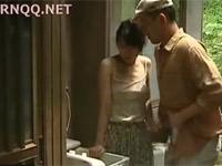 【ヘンリー塚本】農家の嫁が義兄に言い寄られれ不倫セックス