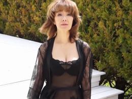 大物ジャズシンガーの真梨邑ケイが還暦を目前にして媚薬セックスに挑む!