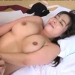 村上涼子 巨乳熟女が息子の友人と温泉セックス!巨乳ザーメンまみれでお掃除フェラ!