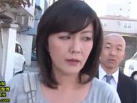 円城ひとみ ムッチリ熟女がバス内の痴漢に誘われセックスしてしまう!