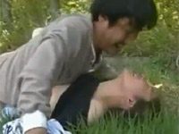 【ヘンリー塚本】野良作業中の巨乳熟女を襲う婦女暴行魔 xvideos