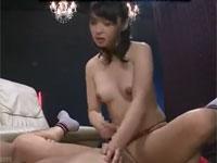 安野由美 五十路の極上美熟女がチングリ返しアナル責めからペニバンのSプレイ!