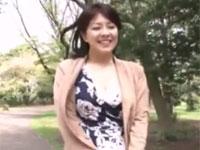 笹山希 四十路美熟女とのリアルドキュメントセックス 車内やホテルでラブラブ不倫