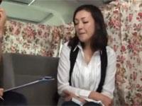 【熟女ナンパ】46歳美魔女セレブが報酬に目がくらみ中出しセックス!