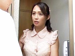 今の妻より、前の年上の妻の五十路の熟れたカラダがやっぱいいや! 安野由美