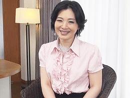 某一部上場企業の48歳社長夫人がAV女優に興味を持ちAVデビューしちゃった! 船戸祥子